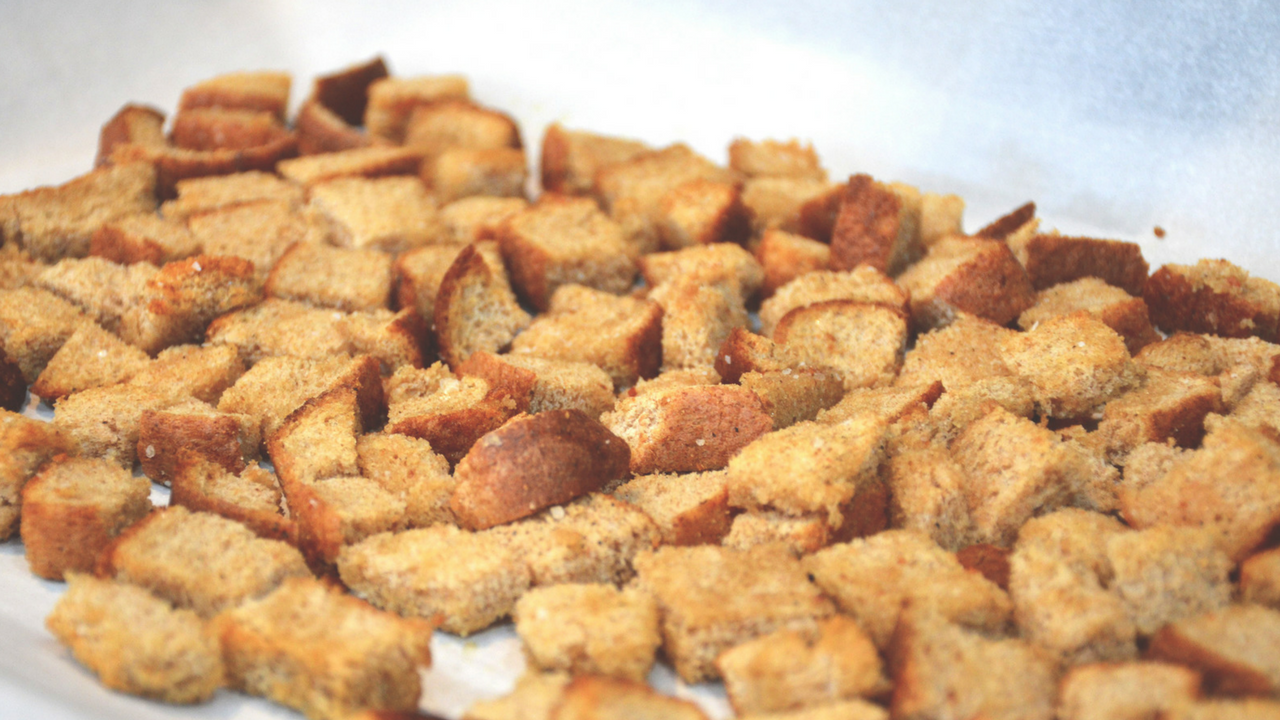 5 Ingredient Homemade Crouton Recipe