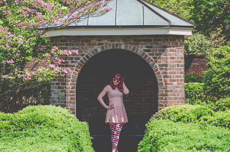 That Weekend Life – Lace Dress + Spring in Lexington, Kentucky